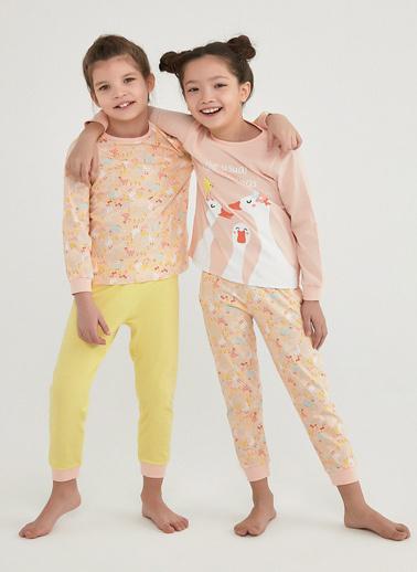 Penti Kız Çocuk Çok Renkli Farm Meetıngs Ls 4'lü Pijama Takım PNBV8IIU21IY Renkli
